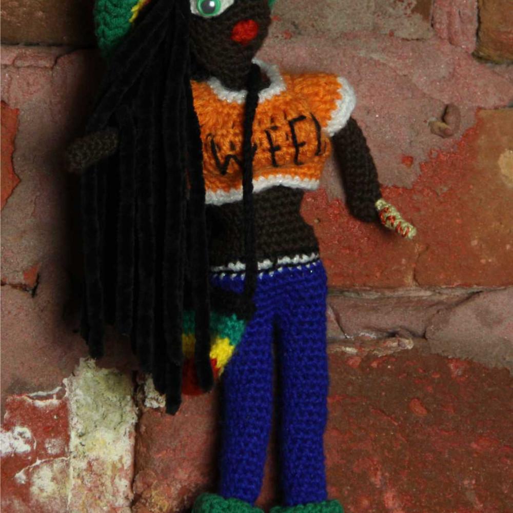 Кукла вязаная Rasta-woman