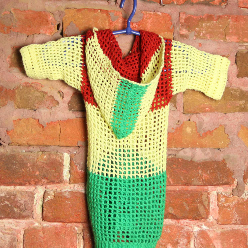 T-shirt knitted tricolor with a hood